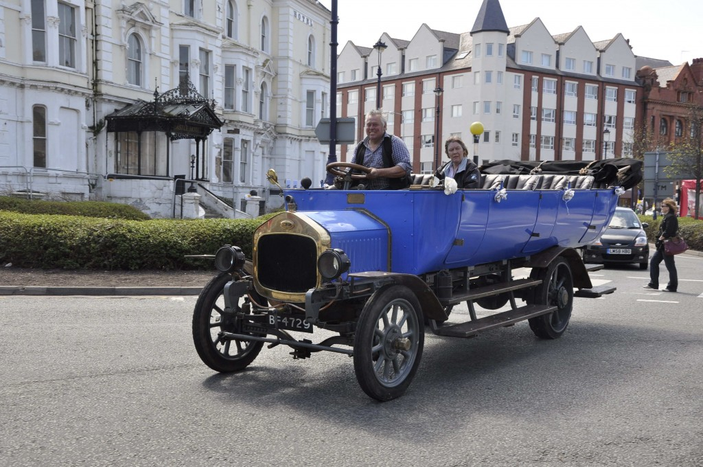A very old Albion charabanc, a familiar sight in Llandudno in the early 20th century