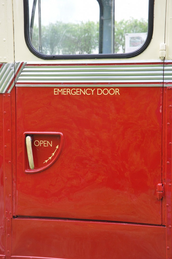 Missing livery on emergency door reinstated